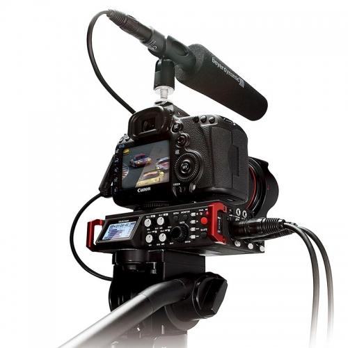 Website_0004_Tascam 701D + Camera